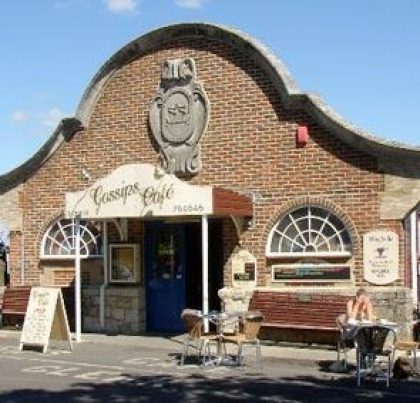Image of the Gossips Café, Yarmouth, Freshwater Bay Cow